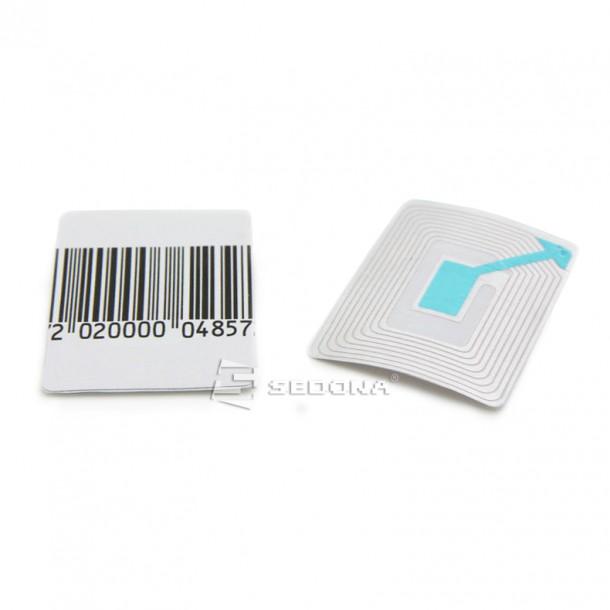 Etichete adezive RF plasticQF400 - 40x40 mm