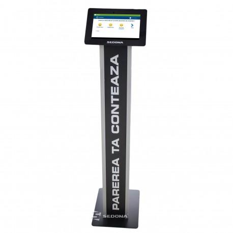 "Sistem feedback si sondaj clienti cu tableta 10"" si stand de podea negru"